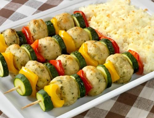 Bimby, Spiedini di Polpettine di Pollo, Zucchine e Riso al Varoma